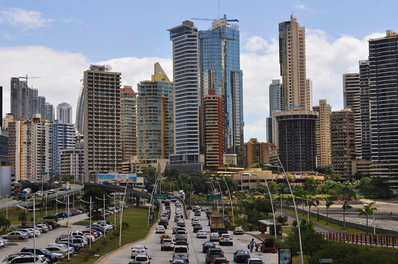 Ecuador y Panamá