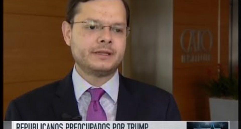 Juan Carlos Hidalgo comenta el Súper Martes en Telemundo