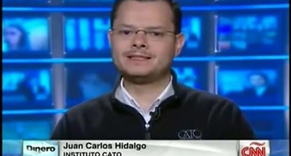 Juan Carlos Hidalgo comenta los pronósticos económicos del 2015 en CNN Dinero